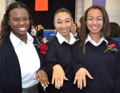 trio show off rings